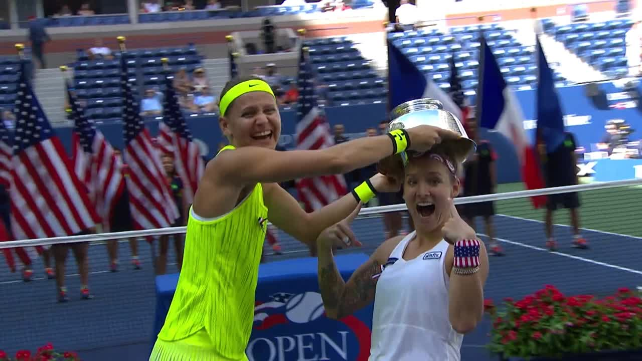 play video Women's Doubles Final